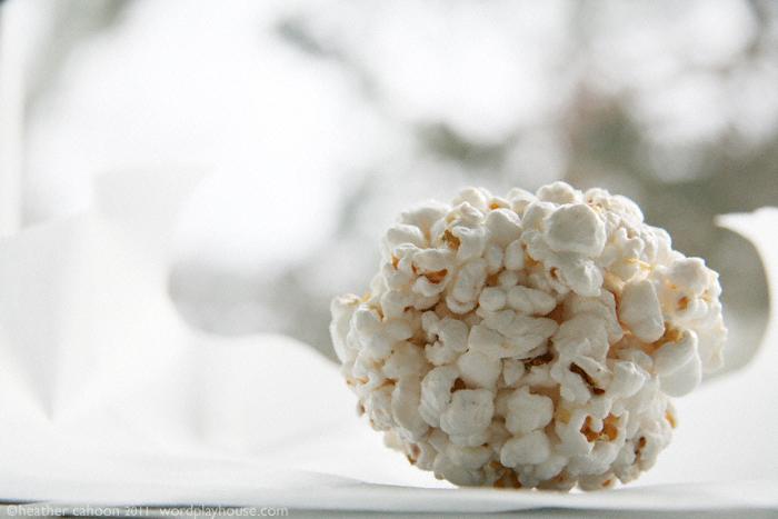 Popcorn-ball