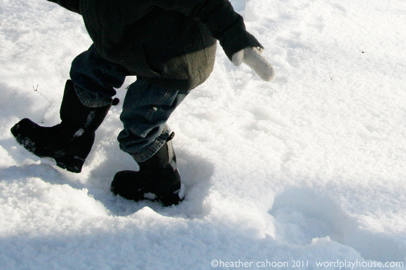 Little-boys-footprints-in-snow