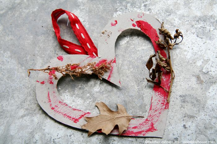 Little-boy's-nature-heart-wreath-project
