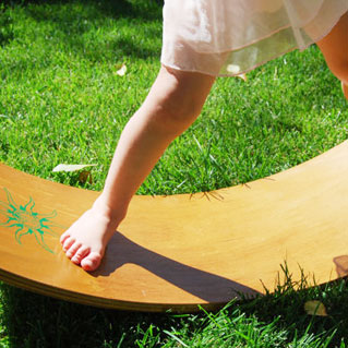 Openendedcreations-curvy-board-balancing-board