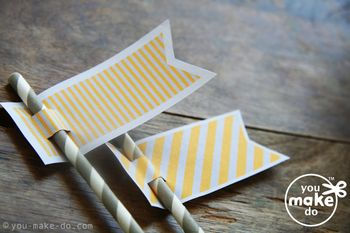 Yellow-grey-striped-straw-toppers