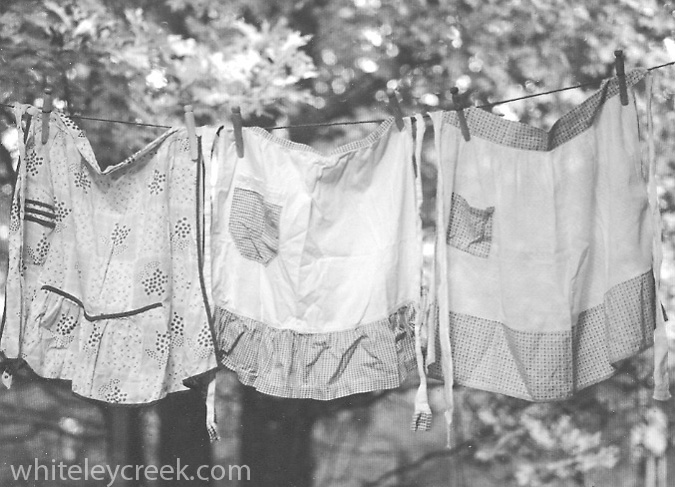 Aprons-on-a-clothesline